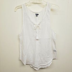 Like New! White Aerie Peasant Tank
